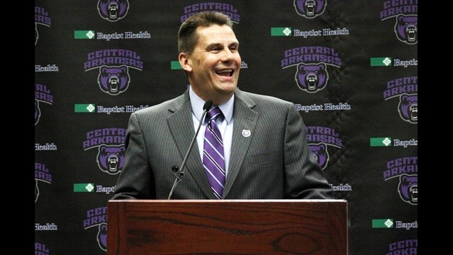 Pennell Introduced at UCA