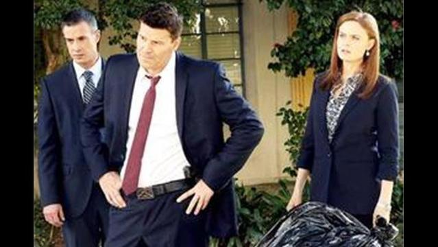 Bones: Can Booth and Brennan Trust Booth's Old Friend?