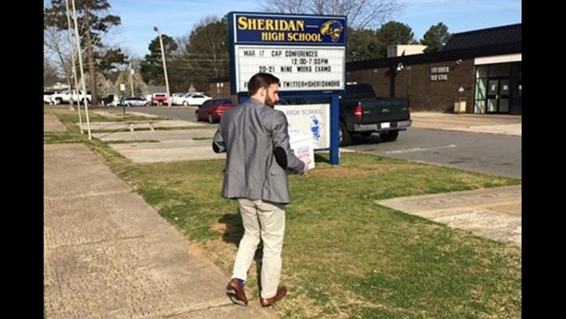 HRC Delivers More than 35,000 Petitions to Sheridan School