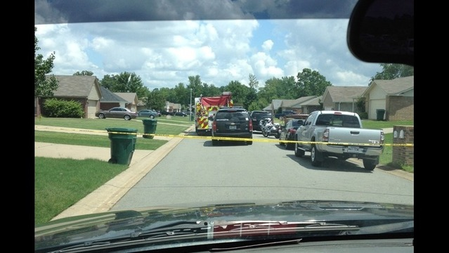 Conway Police: Suspect Dies after Stabbing Wife, Holding Child Hostage