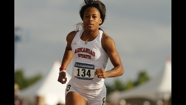 Nelvis Named  Finalist for The Bowerman Trophy
