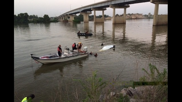 Small Plane Crashes in River Near Fort Smith