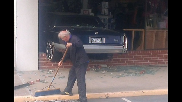 Car Crashes Into Tennis Shoppe in LR, Injures 2