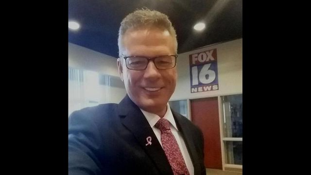 Kevin Kelly's pink tie for October 5