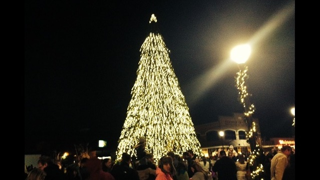 conway christmas tree to go up nov 17 - When Does The Christmas Tree Go Up