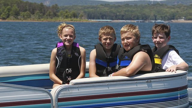 Safety first for Memorial Day boaters